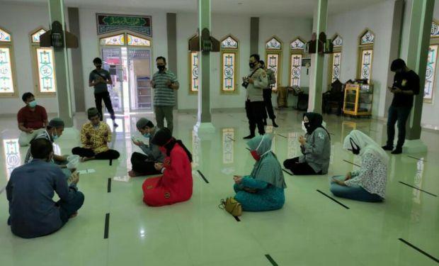 Pengedar Narkoba Terpaksa Akad Nikah di Masjid Polres Muba