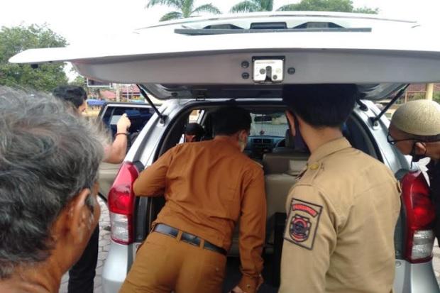 Mobil Goyang di Halaman Masjid Raya Hebohkan Warga Sidimpuan