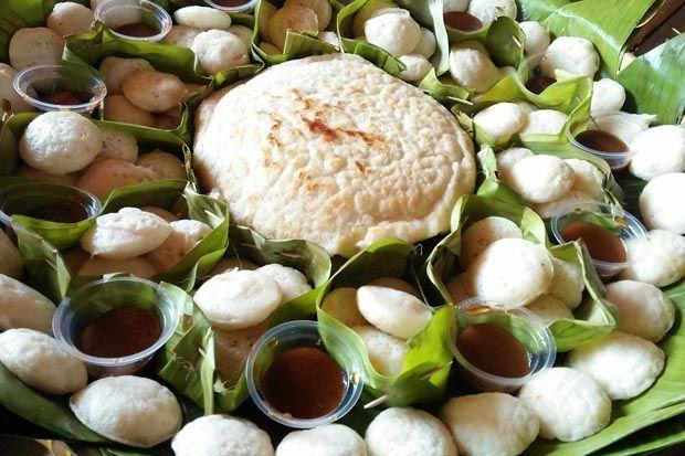 Jaga Tradisi di Bulan Safar, Warga Gelar Festival Apem