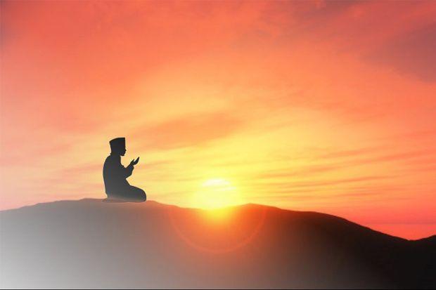 Upaya Meraih Kekayaan: Jangan Anggap Sepele Doa dan Tawakal
