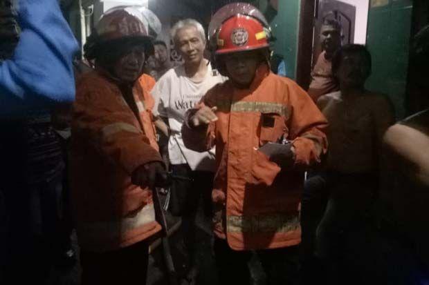 Korsleting Listrik, Satu Rumah di Pisangan Lama Jaktim Terbakar