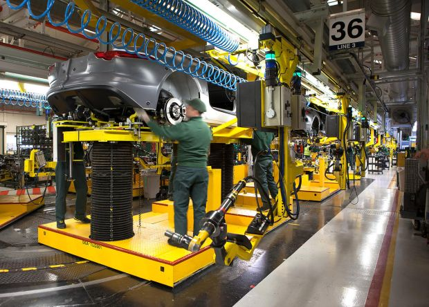 Krisis, 3.000 Karyawan Jaguar Land Rover Diselamatkan Inggris