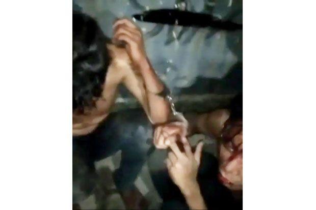 Curi Uang Sopir Truk di Tol Jagorawi, Dua Pemuda Babak Belur Dihajar Warga