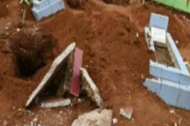 Geger, Makam Orang Sakti di Jambi Dibongkar dan Tali Pocong Dicuri