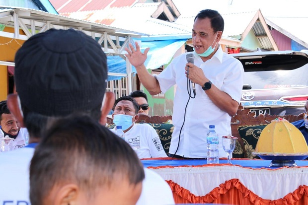 Pertebal Kemenangan, Rusdy-Mamun Gencar Masuk Desa dan Silaturahmi Tokoh