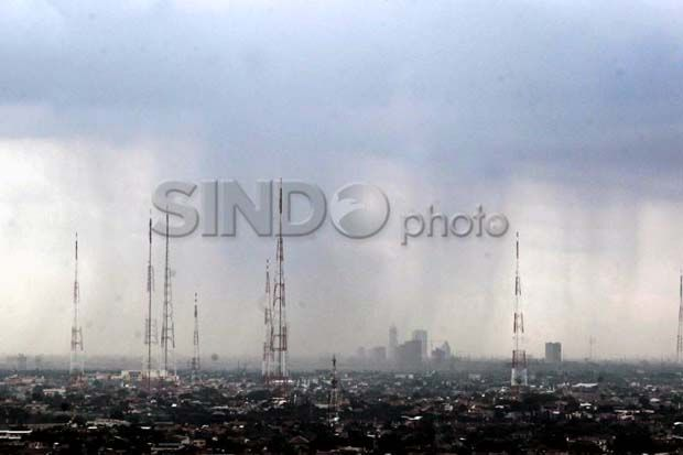 BMKG: Waspada, Hujan Lebat Sepekan ke Depan Akibat La Nina