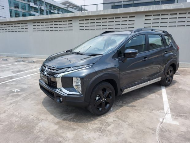 Mitsubishi Resmi Hadirkan 2 Model XPander Series Black Edition