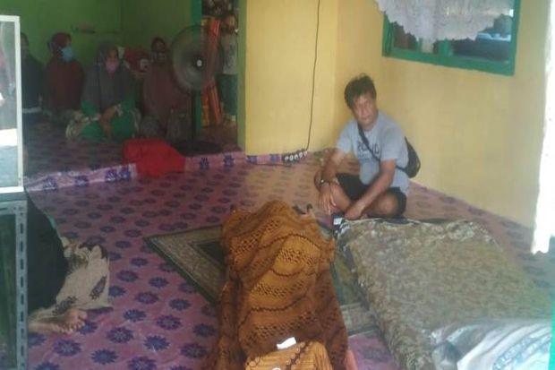 Kapal Kayu Pencari Ikan Terbalik di Batam, 1 Orang Ditemukan Tewas