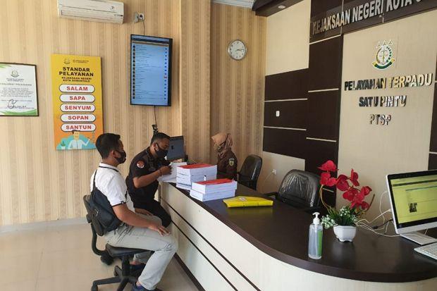 Satreskrim Polres Gorontalo Kota Mengirim Berkas Perkara Korupsi ke Kejari