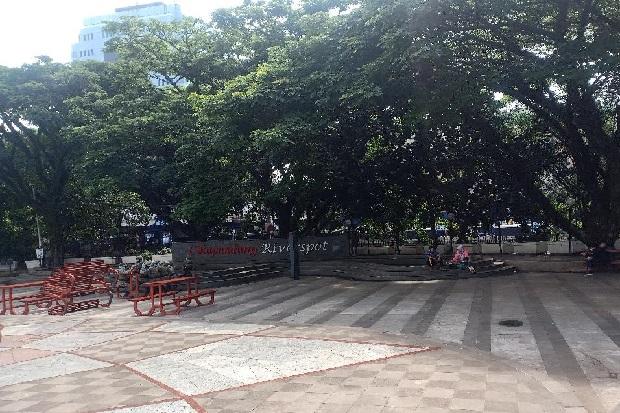Siang Jelang Sore, Hujan Sedang Guyur Bandung Raya