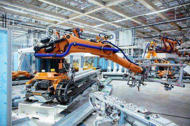 Volkswagen Pesan 2.200 Robot untuk Produksi Mobil Listrik