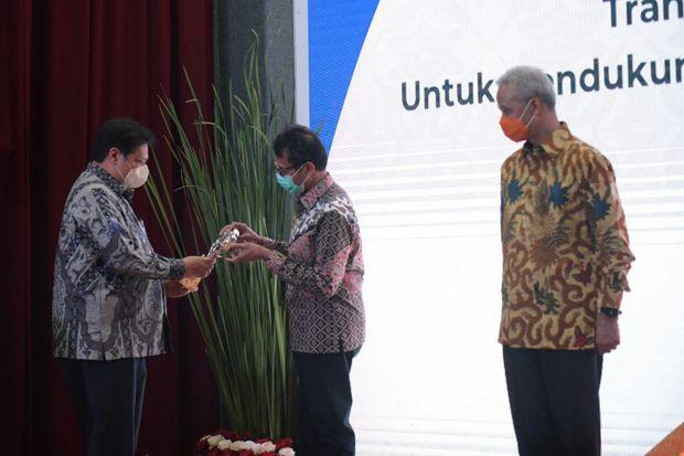 Sumbar Kembali Raih Penghargaan TPID Terbaik se Sumatera