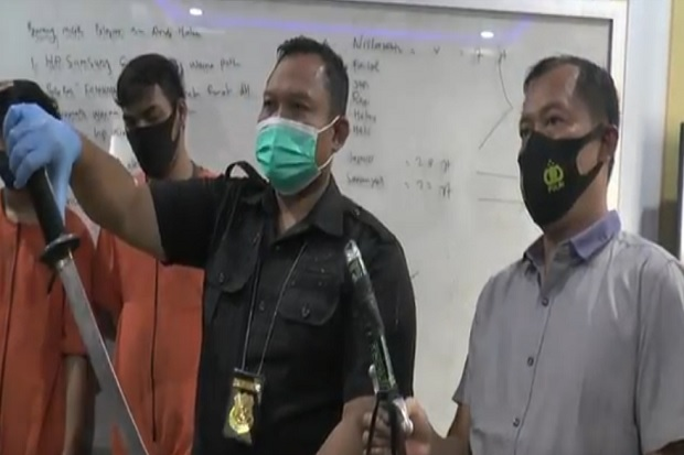 Kau Senggol Aku Tujah, Dua Mahasiswa di Palembang Luka Parah Dikeroyok di Kambang Iwak