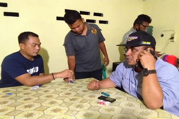 Warga Simalungun Tangkap Anggota Polisi Saat Pesta Sabu