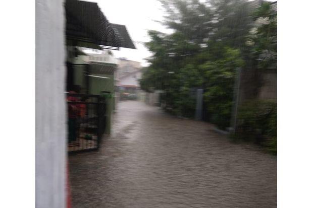 Dalam Dua Minggu, Permukiman di Kelapa Dua Wetan Diterjang Banjir Lokal