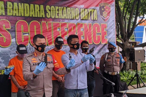 Selundupkan Pistol, Direktur Perusahaan Swasta dan Pecatan Polisi Ditangkap