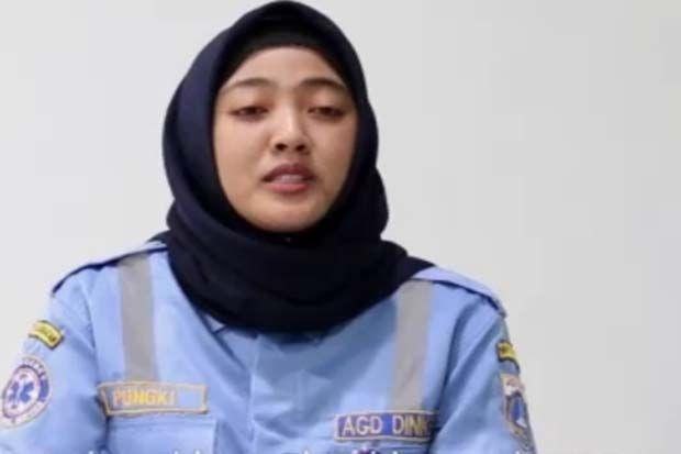 Kisah Gadis Cantik Berhijab yang Jadi Pejuang COVID-19 Bersama AGD Dinkes DKI