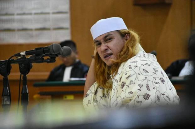 Kembali Jadi Tersangka, Habib Bahar Robek Surat Dari Polda Jabar