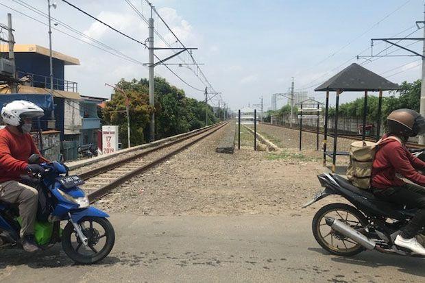 Cerita Hantu Budeg di Perlintasan Kereta Klingkit-Rawa Buaya Jakarta Barat