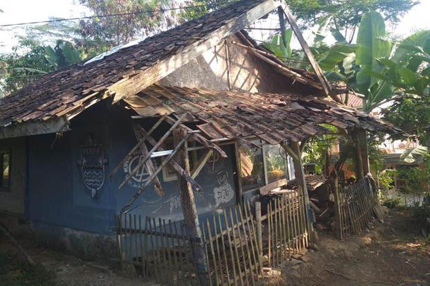 Hidup di Rumah Reot, Nenek Fatimah Tak Menyangka Rumahnya Bakal Direnovasi PLN