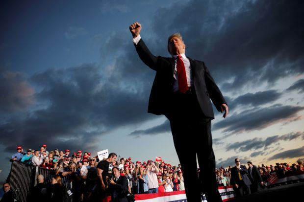 Serangan Santet Besar-Besaran ke Donald Trump Kacaukan Big Data AS