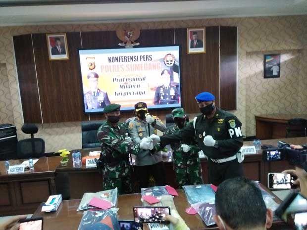 Anggota TNI Dikeroyok di Sumedang, Ini Kata Dandim