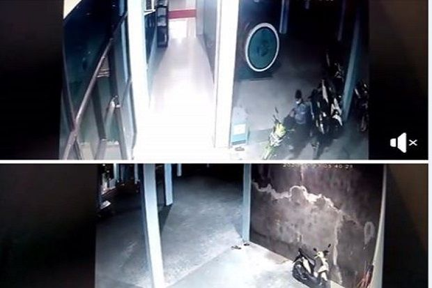 Pencuri Motor di Masjid Terekam CCTV saat Pemiliknya Salat Subuh