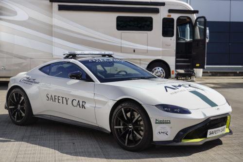 Tahun Depan Mobil James Bond Jadi Mobil Keselamatan Formula 1