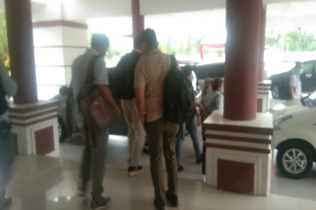 Usai Periksa Belasan Anggota DPRD, Hari Ini KPK Panggil Pejabat Pemkab Polman