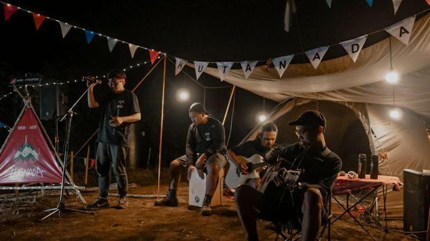 Serunya Mini Konser di Ketinggian 1.400 MDPL Kota Batu