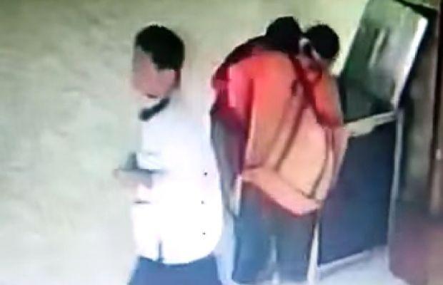 Astaga! Bapak Ajak Istri dan Anak Curi Kotak Amal Masjid di Malang