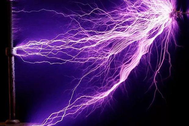 Terlalu Canggih, Anti-Laser Pengisi Baterai Ini Hanya Bekerja di Laboratorium