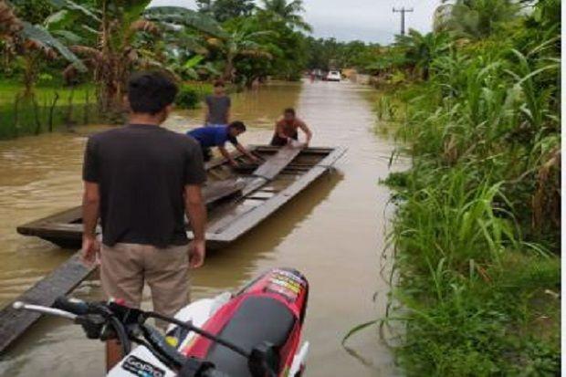 Ratusan Rumah di Merangin Jambi Terendam Banjir