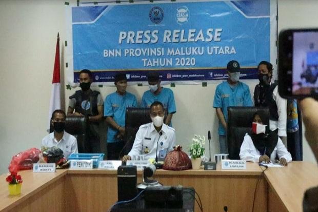 Oknum Polisi di Polres Ternate Dibekuk BNN saat Transaksi Sabu, 1 Anggota Polri Lainnya Buron