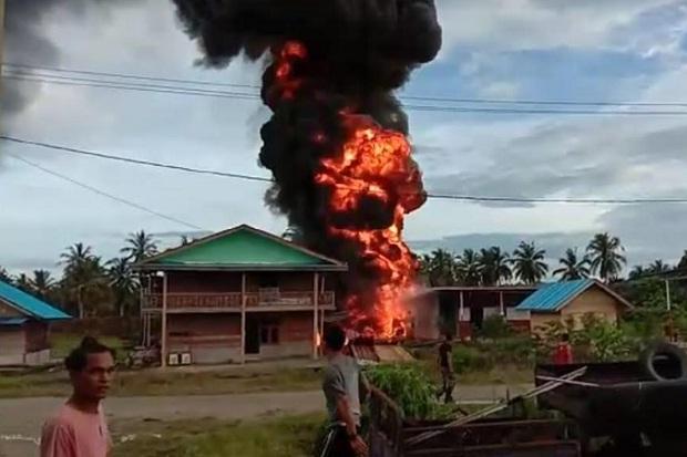 SPBU Meledak di Mentawai, Suara Ledakan Terdengar hingga 5 Km