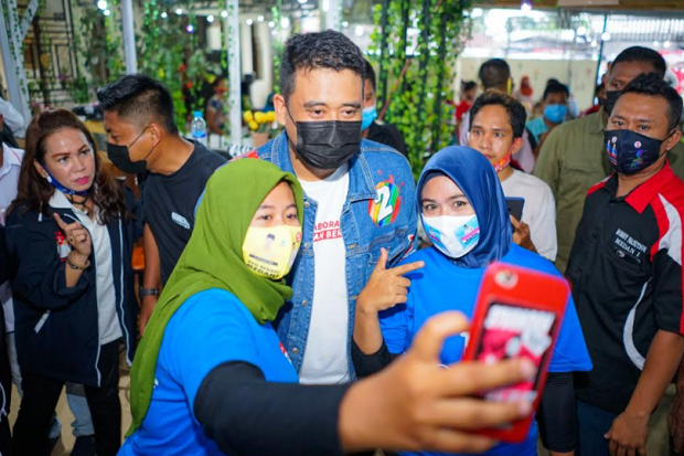 Curhat Guru Honor ke Bobby Nasution Mantu Jokowi, Gaji Rp 300 Ribu Tetap Bertahan Mengajar