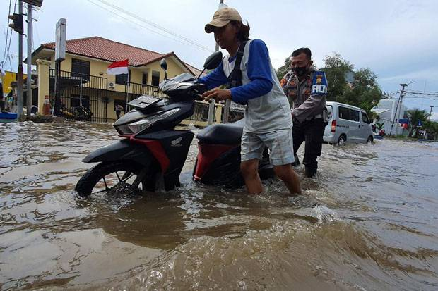 Gawat! Banjir Rob Sudah sampai Kebon Jeruk dan Grogol Jakbar