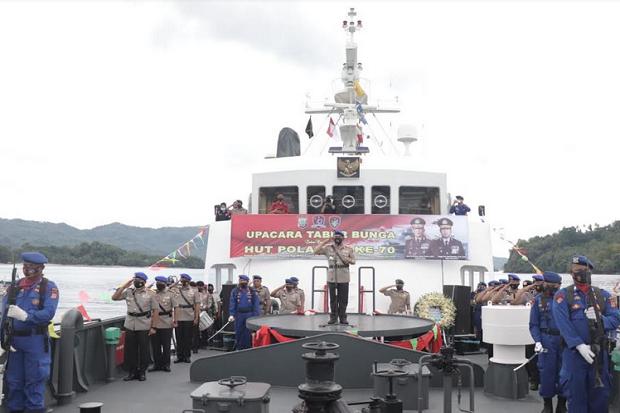 HUT ke-70 Korps Polairud, Kapolda Sulut Irjen Pol RZ Panca Putra Pimpin Upacara Tabur Bunga