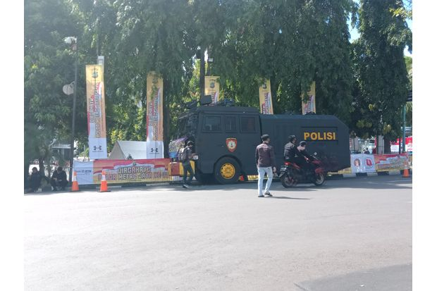 Begini Suasana di Polda Metro Jaya Jelang Pemeriksaan Habib Rizieq Shihab