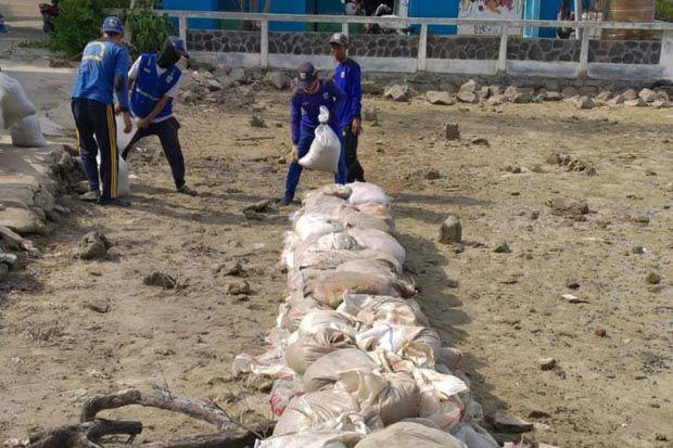 Pembangunan Dua Tanggul Penahan Rob di Pulau Panggang Rampung