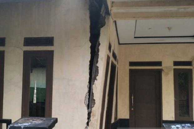 Bencana Tanah Bergerak, 18 Rumah di Garut Rusak Parah