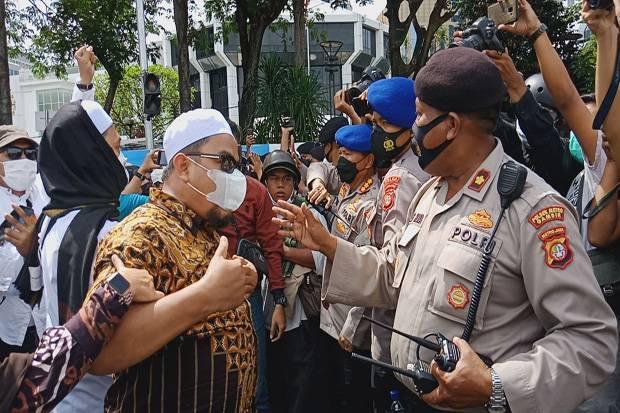 Banser Dukung Polri Tindak Tegas FPI, Imbau Warga Jabar Tak Terprovokasi Hoaks
