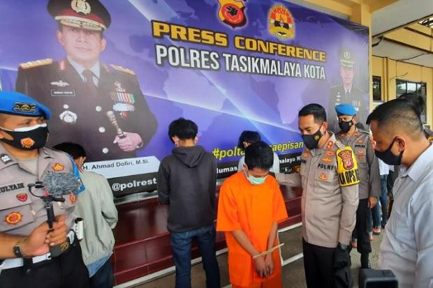 Aniaya Korban Hingga Rahang Patah, 7 Angggota Geng Motor Digelandang Polisi
