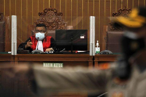 Pengacara Habib Rizieq Doakan Hakim Praperadilan Dapat Hidayah dan Adil