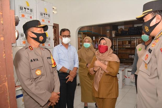 Kapolda Tinjau Pengamanan dan Pengawalan Vaksin COVID-19 di Kepri