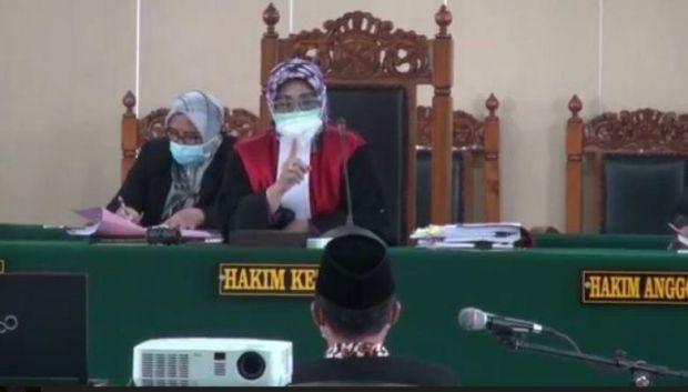 Gelar Dangdutan, Wakil Ketua DPRD Tegal Divonis 6 Bulan Penjara