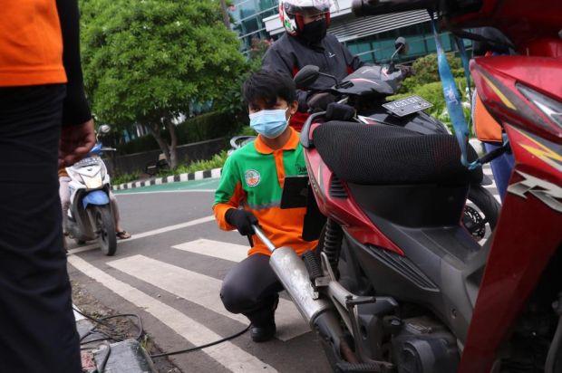 Seluruh Motor dan Mobil di Jakarta Wajib Uji Emisi, Kecuali Ini...
