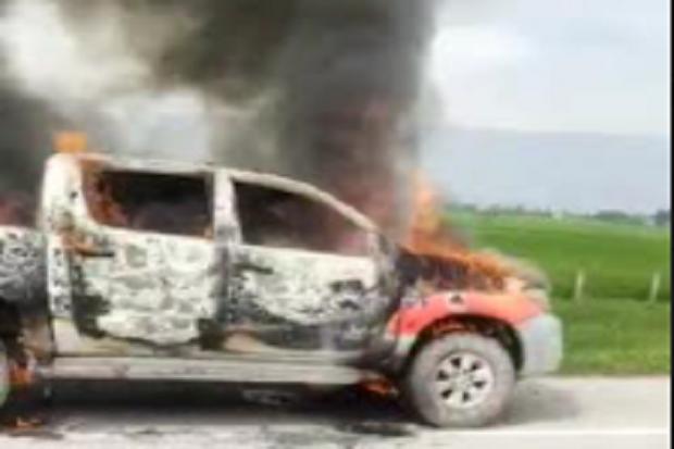 Mobil Dinas Pemkab Batubara Terbakar di Jalan Tol Menuju Medan