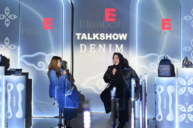 Elizabeth Kenalkan Denim Batik lewat Live Streaming YouTube-Instagram
