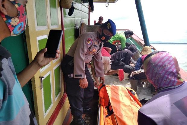 Tewas Saat Melaut, Jenazah Nelayan Asal Pati Dievakuasi ke Pelabuhan Rembang